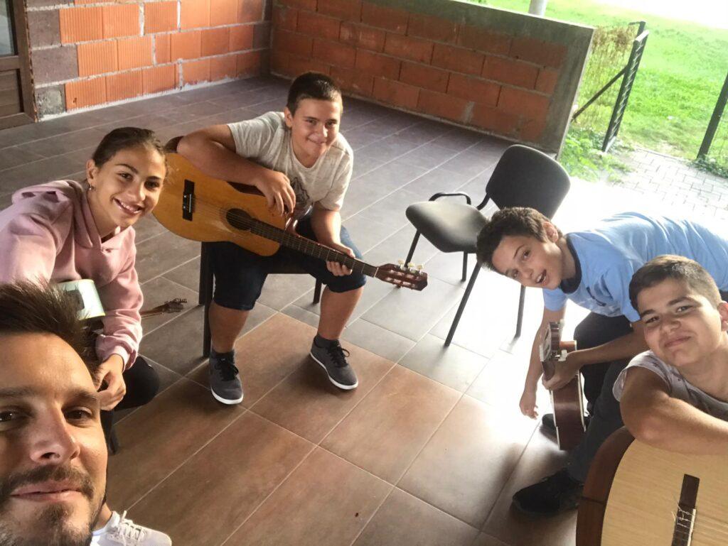 Početak škole gitare 2