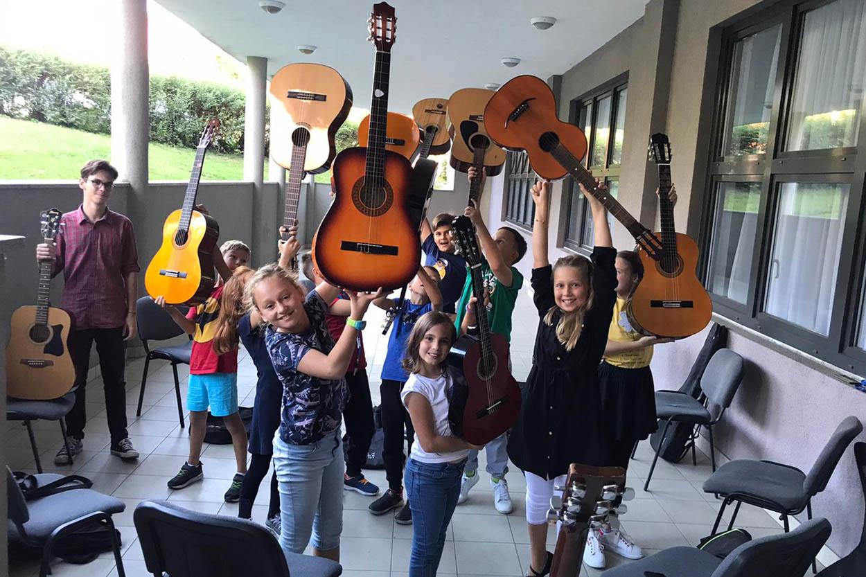Početak škole gitare 7