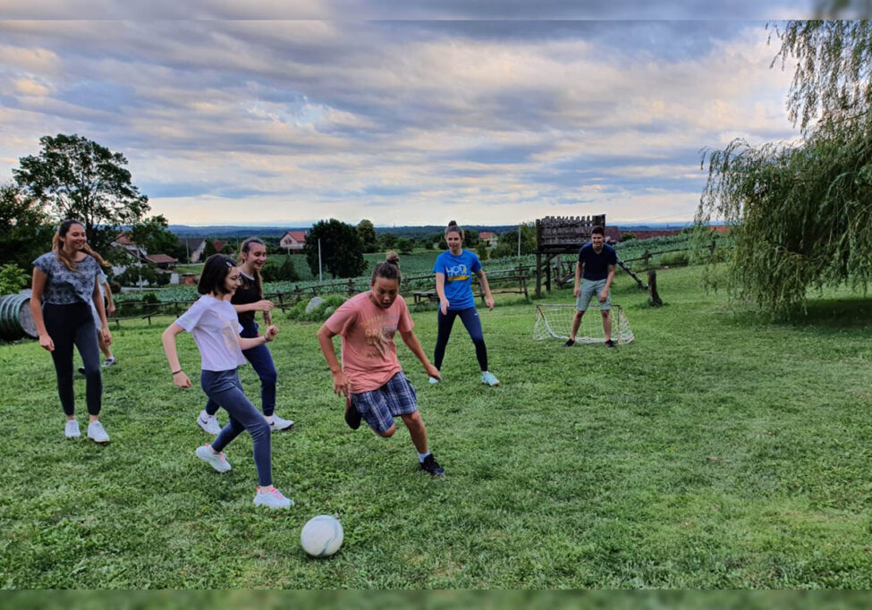 Nogomet na ljetnoj školi